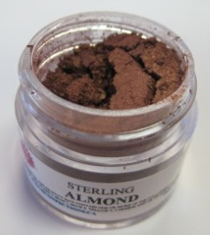 ALMOND LUSTER DUST - STERLING PEARL SHIMMER DUST. 2 GRAMS.